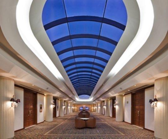 Swissotel Lima: Ballroom Foyer
