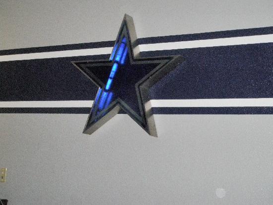 Ramada Hewitt: Cowboys !