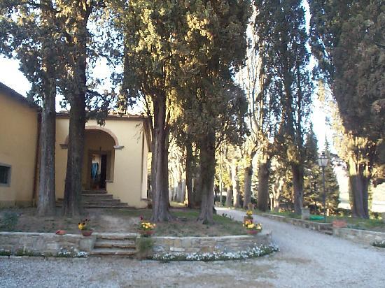 Villa Medicea Lo Sprocco: ingresso cappella