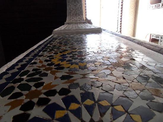 Dar El Menia: Tile Detail