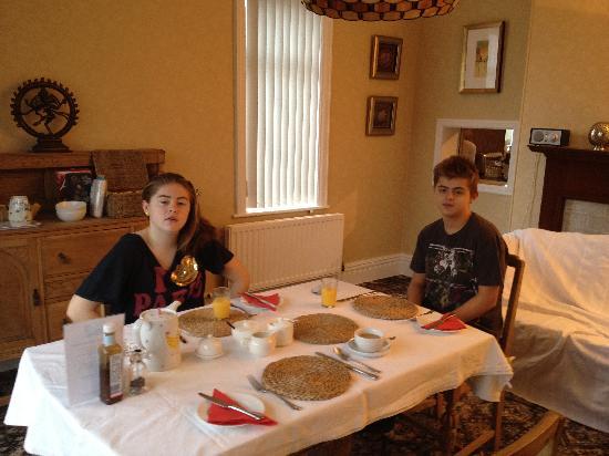 Meadowcroft Bed and Breakfast: Breakfast