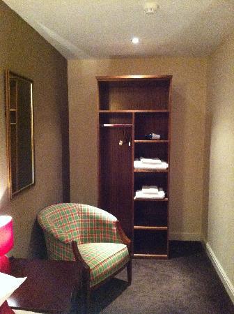 Woolpack Country Inn: Room 10