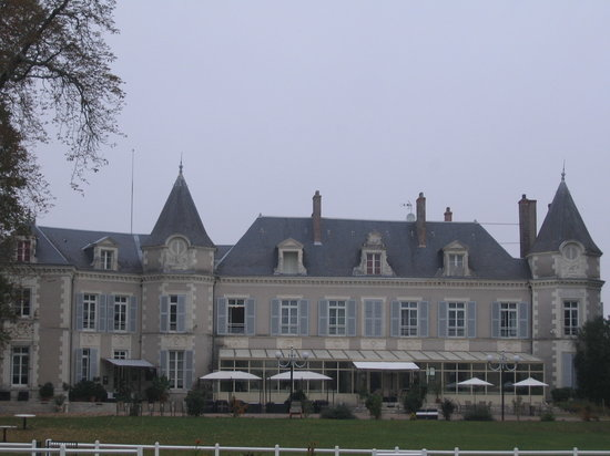 Chateau de Laloin : The property