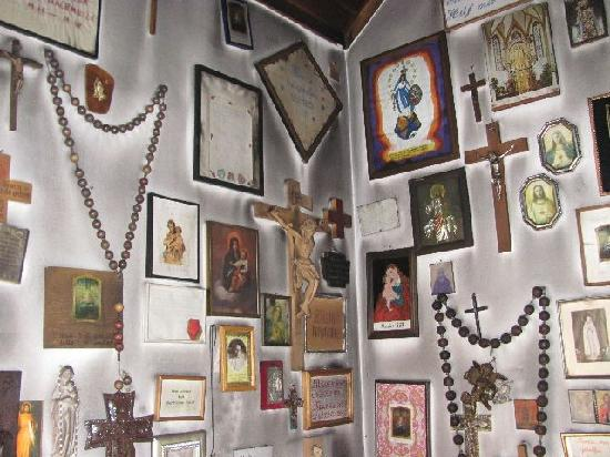 Wallfahrtskirche zur schmerzhaften Mutter Gottes: votifs