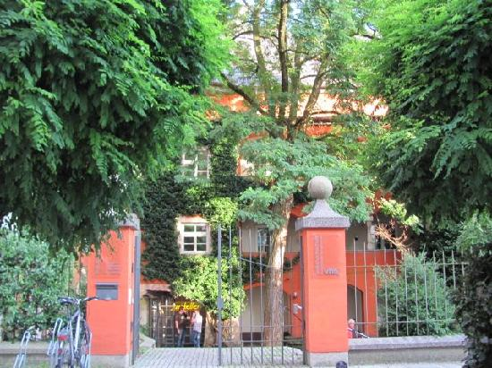 Mautnerschloss: gate