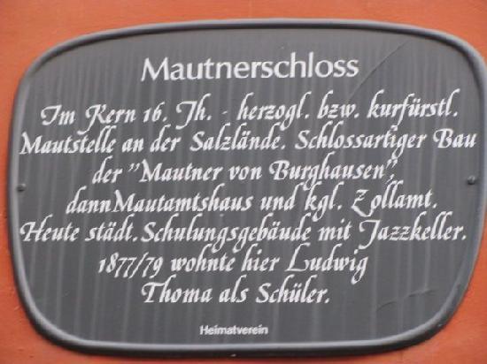Mautnerschloss: plaque