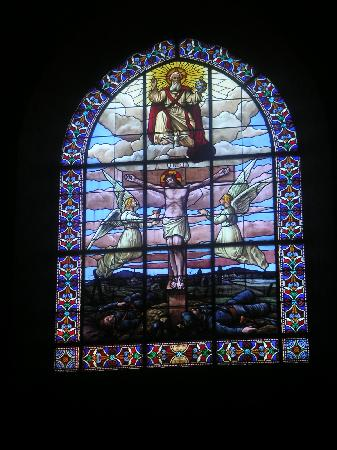 Le Saint Georges: Stained glass in church opposite the hotel