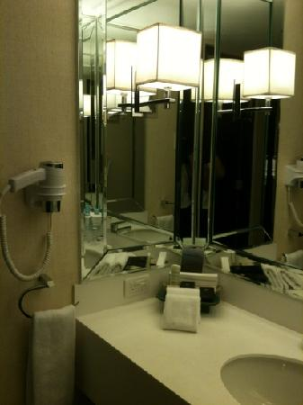 Midas Hotel and Casino: bathroom sink