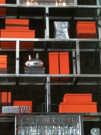 Midas Hotel and Casino: Hermes packaging decor
