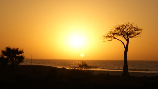 Lemon Creek Hotel Resort : A normal sunset
