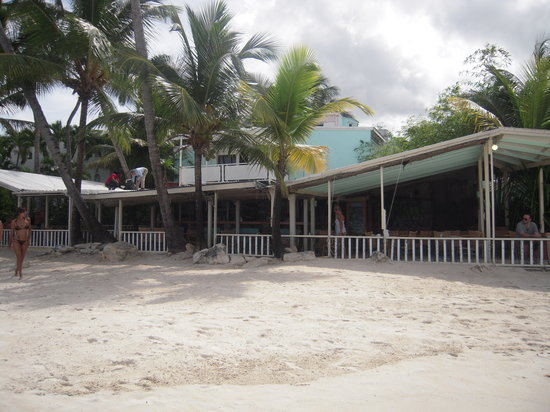 Coconut Grove Restaurant: the restaurant  on the beach.