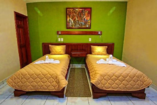 Hotel La Mar Dulce: Double room