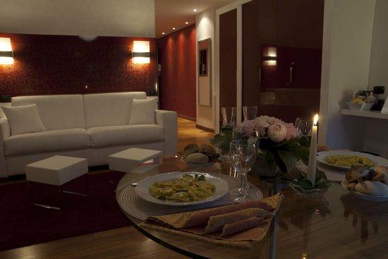 Qualys Hotel Nasco: Apartment