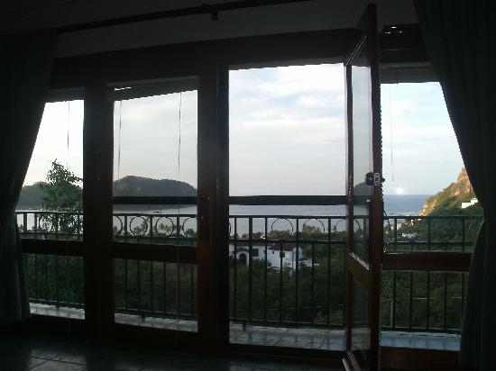 Las Palmas B&B: The evening view from our King Suite