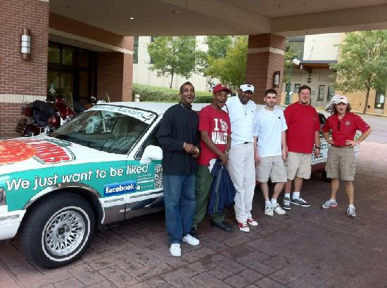Papa John's: With the crew from Embassy Suites Hot Springs