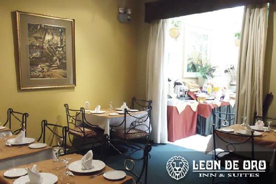 Leon de Oro Inn & Suites: Cafeteria Sierra Leona