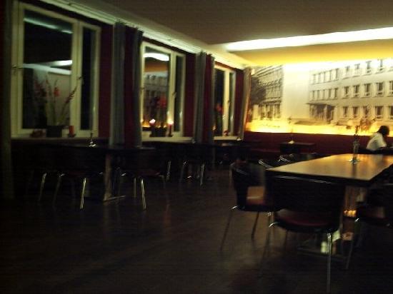 Salón comedor - Picture of Restaurant Die Schule, Berlin - TripAdvisor