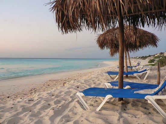 Hotel Ole Playa Blanca: Playa Blanca beach