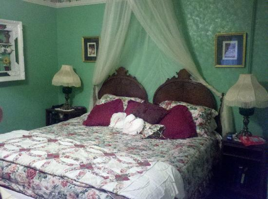 The Inn at Mountain View: The main bedroom