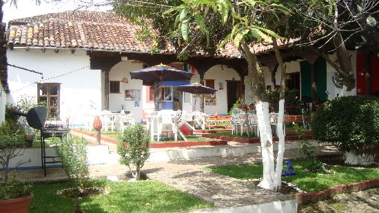 Posada Mexico: Jardin frontal