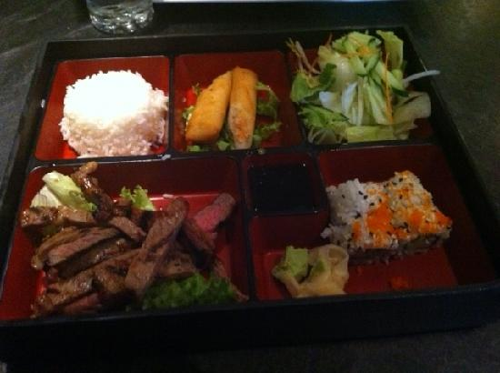 teriyaki salmon bento box picture of thi fusion restaurant ottawa tripadvisor. Black Bedroom Furniture Sets. Home Design Ideas