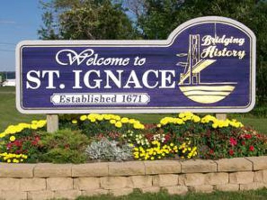 St. Ignace Chamber of Commerce: Welcome sign at St. Ignace, Mi.