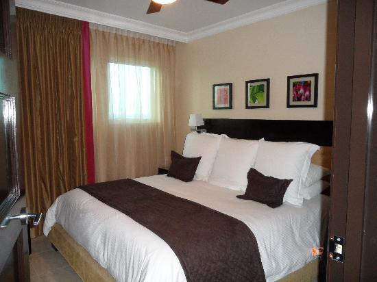 Ocean Two Resort & Residences : Bedroom - 710A