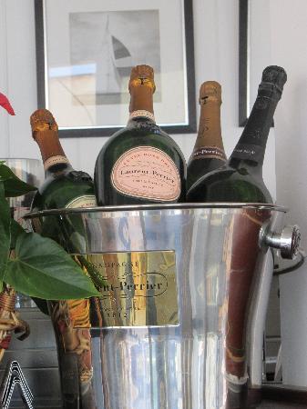 Bahia Beach: gran variedad de champagnes