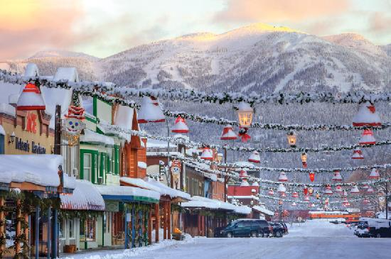 ‪‪Whitefish‬, ‪Montana‬: Downtown Whitefish in Winter (© ChuckHaney.com / Whitefish CVB)‬
