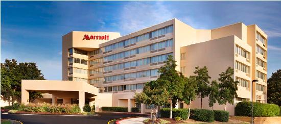 Marriott at Research Triangle Park: Exterior