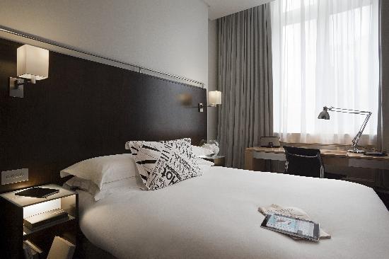 Andaz London Liverpool Street: Andaz Queen room