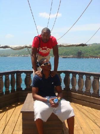Discovery Bay: Ryan & Jordan