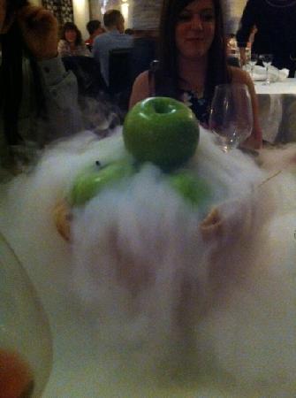 Casamia: apple pie scent