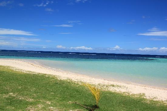 Janes Beach Fales: Manase Beach