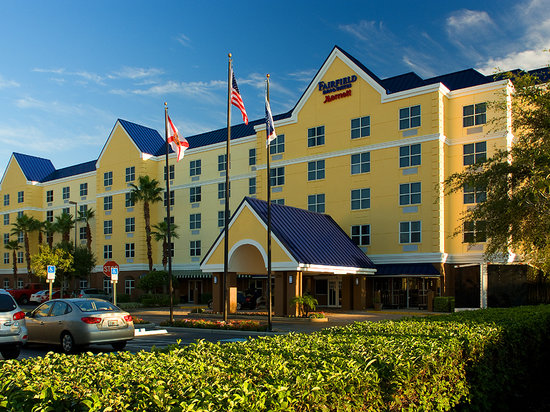 ‪‪Fairfield Inn & Suites Orlando Lake Buena Vista‬: Exterior‬