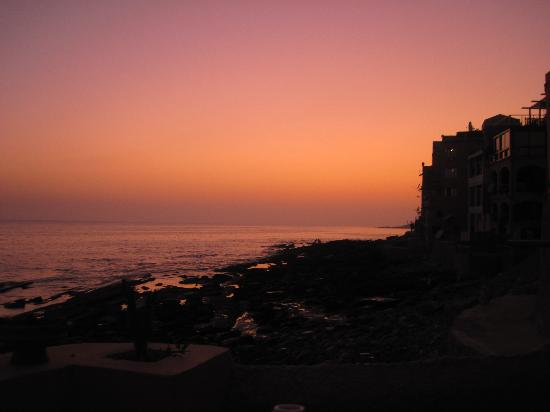 Surf Berbere Surf Camp Taghazout: Surf  Berbere Sunset
