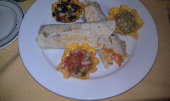 Coyote Flaco Restaurant: Underwhelming taste with great presentation
