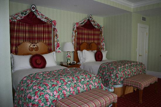White Sulphur Springs, Virginia Barat: Beds
