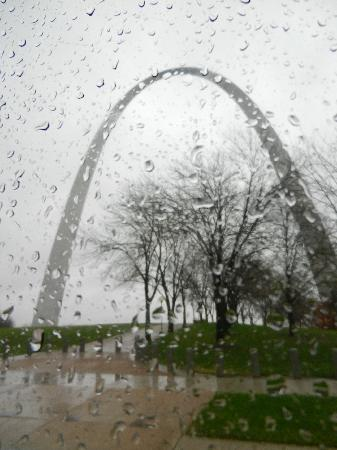 St. Louis Fun Trolley Tours: The Arch
