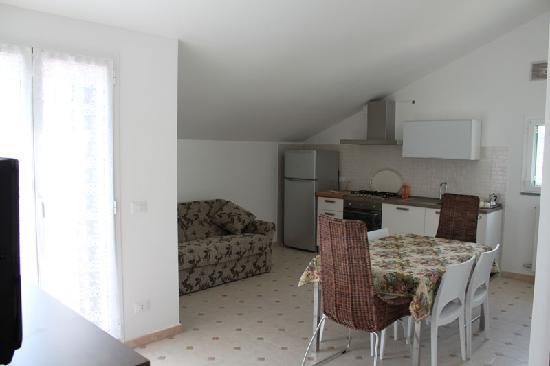 Residence Corte Del Sole: SOGGIORNO TIPO