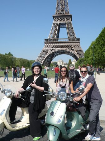 Left Bank Scooters: Paris tour