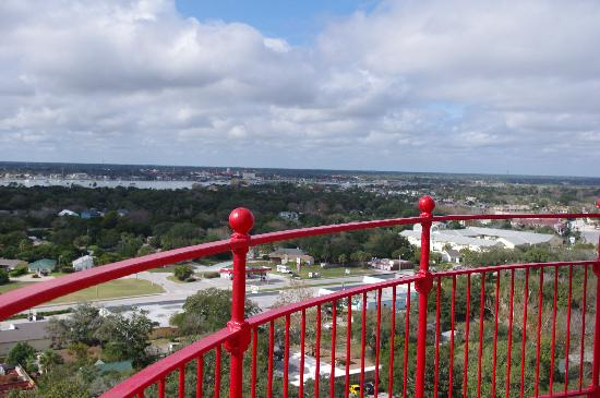 Carriage Way Bed & Breakfast: The view from the top of the lighthouse.
