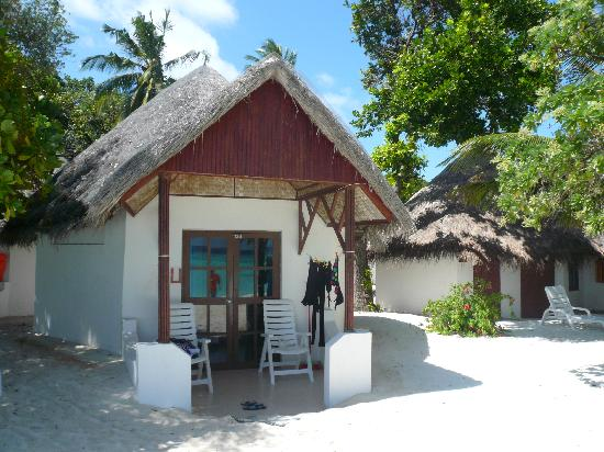 Thulhagiri Island Resort: beach bungalow