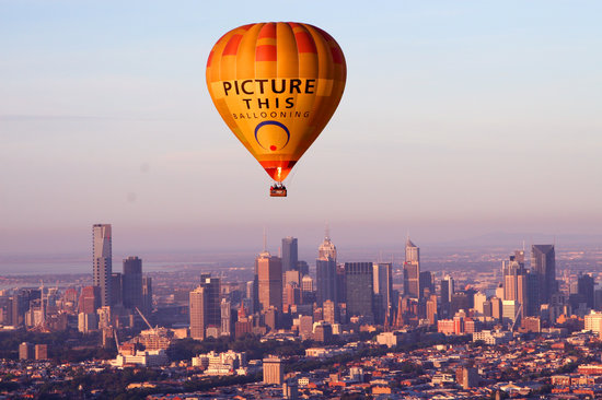 Picture This Ballooning - Melbourne and Yarra Valley: PTB over Melbourne
