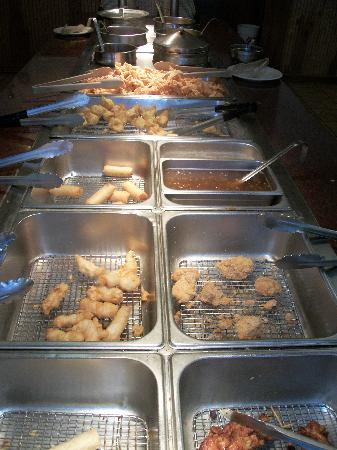 Century Buffet: Skewered chicked, also battered & fried, eggrolls, rangoon, & soups on end.