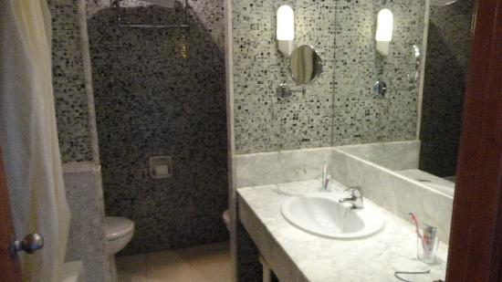 TUI Sensimar Riviera by MedPlaya: bathroom