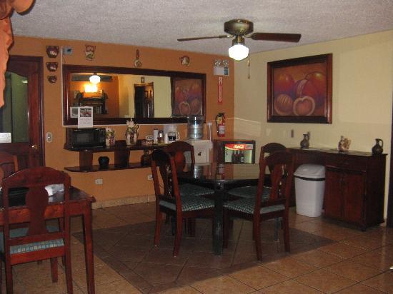Hotel Los Jicaros: Lobby area