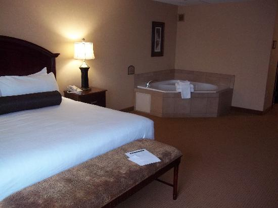 Hotel With Jacuzzi In Room Salem Oregon