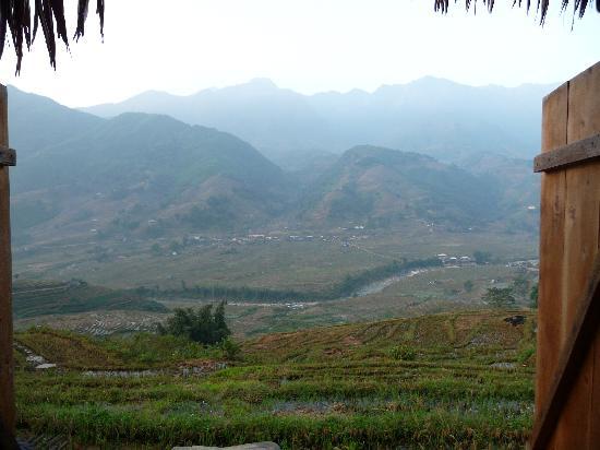 มอง เม้าเท่น รีทรีท: View from bungalow