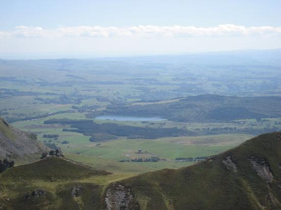 Le Sapin Bleu : View from summit of Sancy, worth the drive.